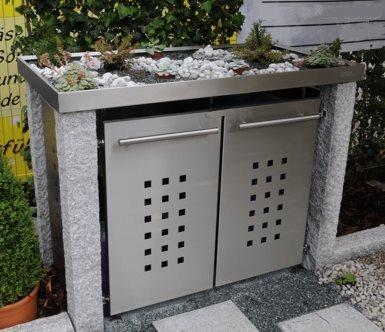 m lltonnenbox mit granitpfosten und gr ndach f r 2. Black Bedroom Furniture Sets. Home Design Ideas